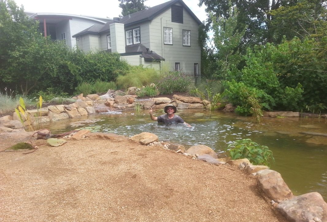 In Austin and the Central Texas area, we provide pond maintenance so you can relax and enjoy your pond.